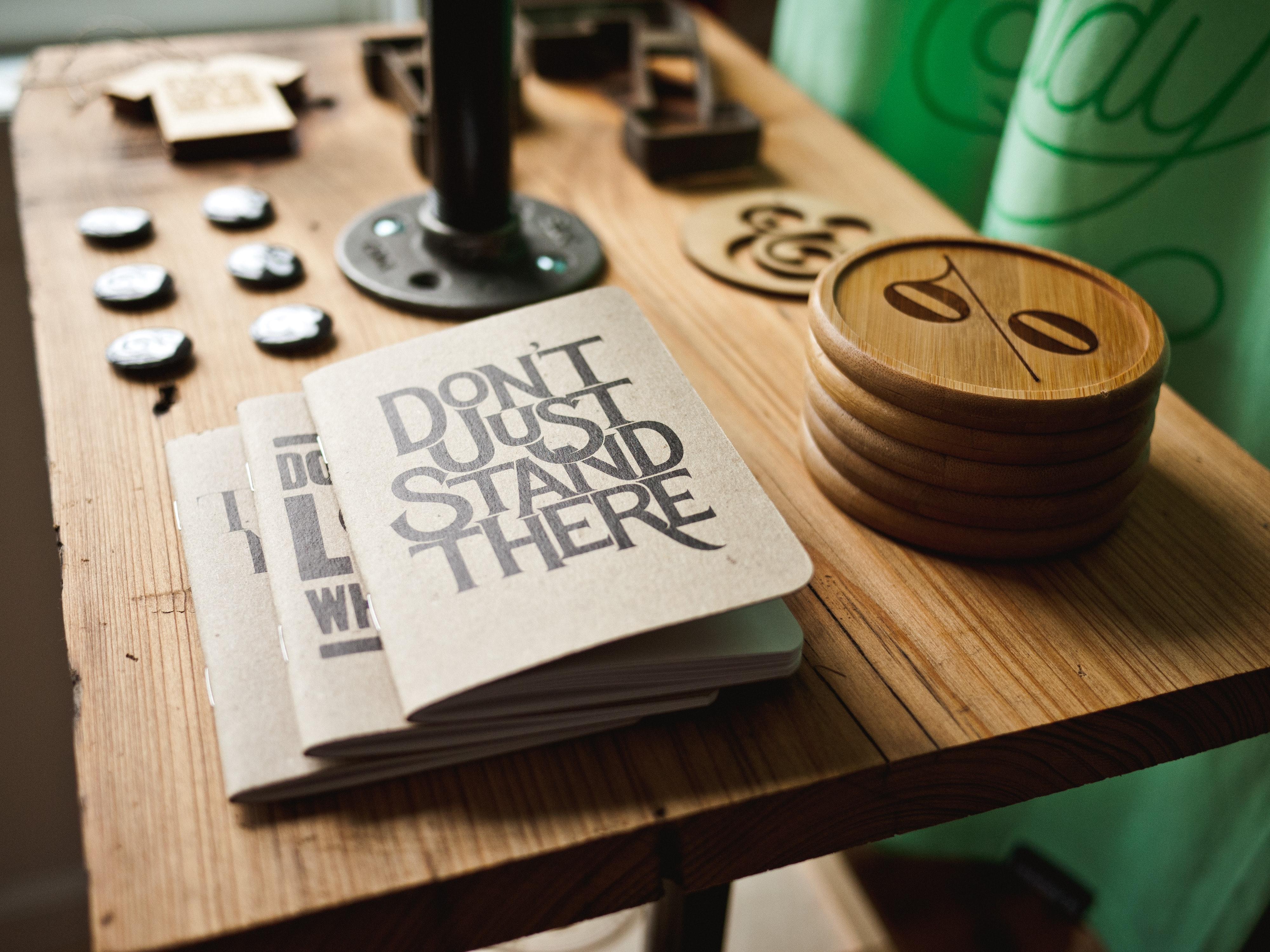 zeszyty z ładnymi okładkami, ładne notatniki ,zeszyty, kalendarz, organizacja czasu